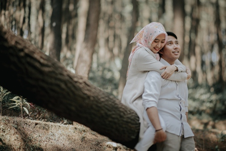 foto-pre-wedding-hijab-kasual