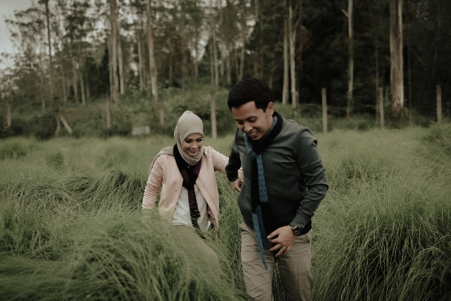 prewedding-outdoor-di-kandang-rusa