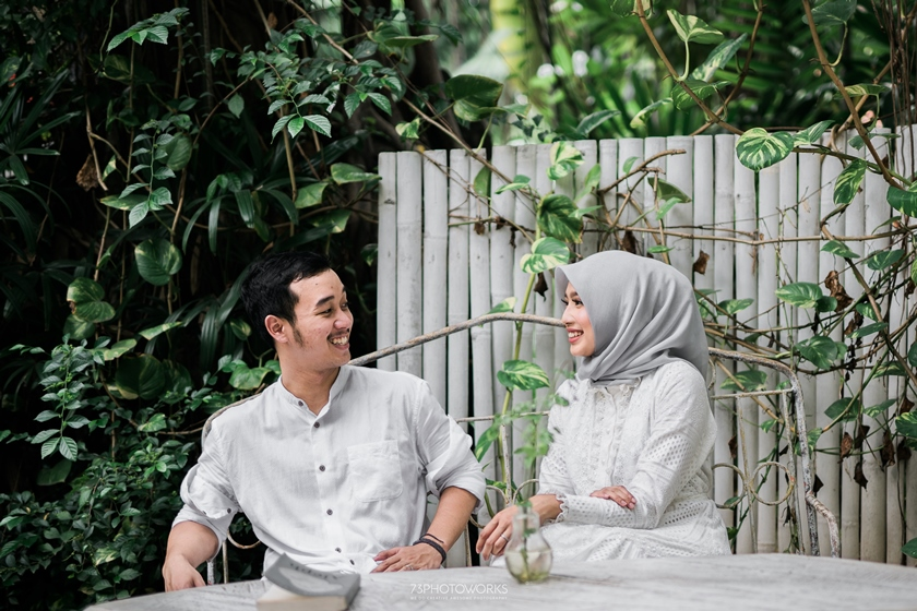 photo-prewedding-tema-cafe